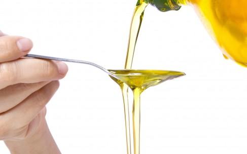 Как использовать касторовое масло для ресниц и бровей?