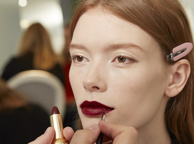 Мастер-класс: макияж с показа Dior Pre-Fall 2016