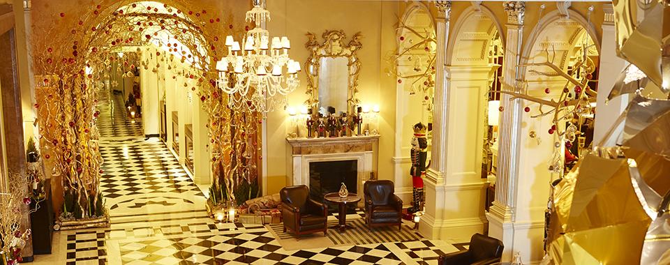 Christmas Lobby 960 x 380