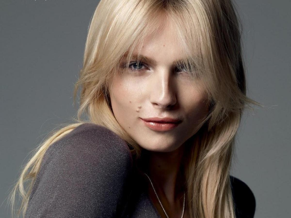 Андреа Пежич стала моделью года после смены пола
