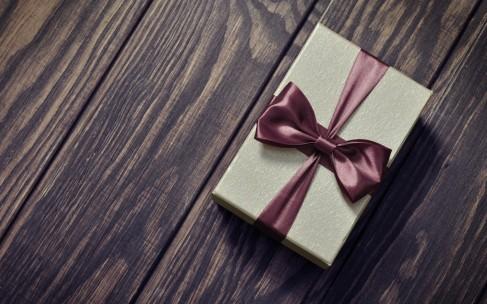 Как упаковать подарок к 23 февраля?