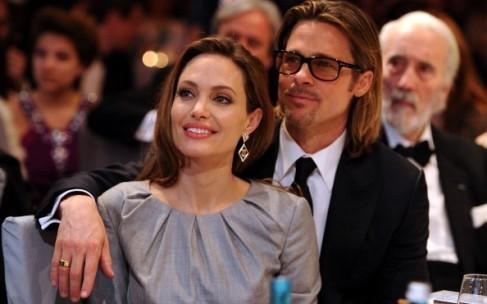 Анджелина Джоли уволила няню за флирт с Брэдом Питтом