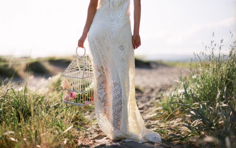devushka-svadba-nevesta-cvety