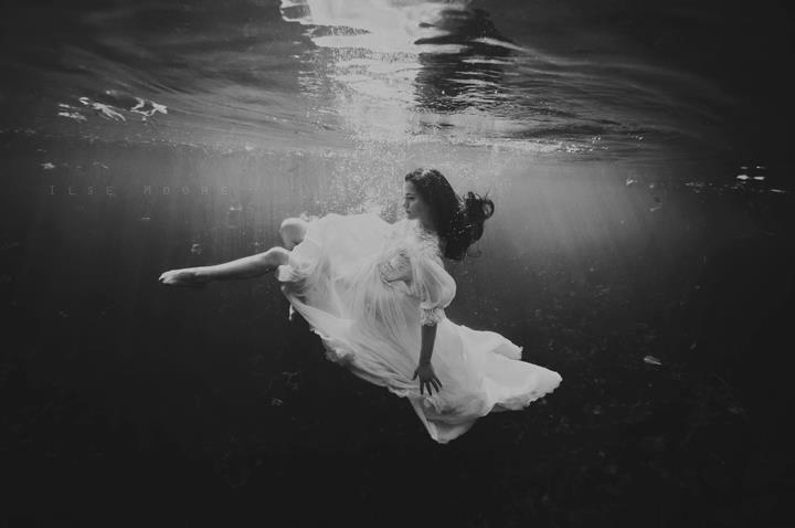 dreaming_underwater_by_cookmepancakes-d600m13