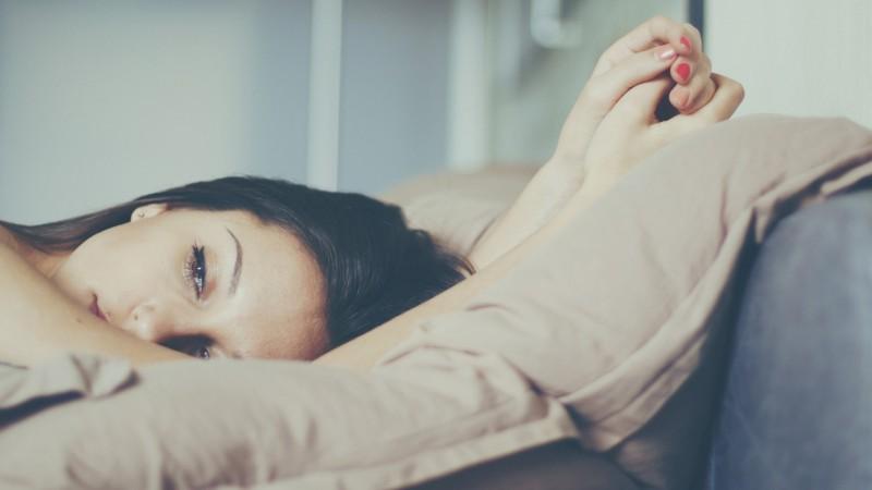 pillow-girl-brunette-look-hd-wallpaper