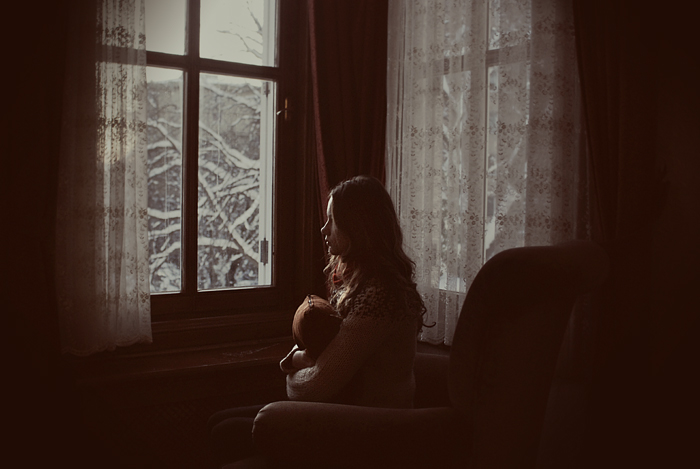 waiting_for_the_sun_by_elifkarakoc