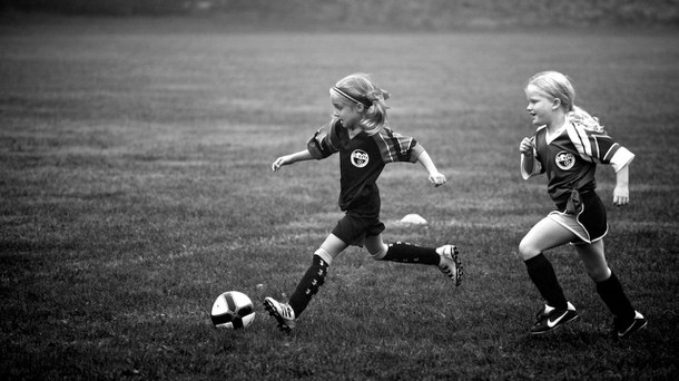 cute-football-little-girls-soccer-Favim.com-3298646