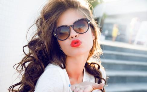 Как ухаживать за сухой кожей лица летом?