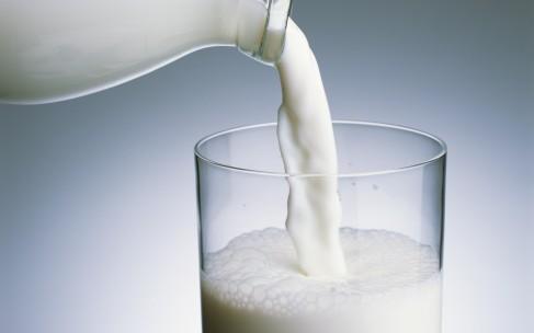 Какое молоко пить взрослому человеку?