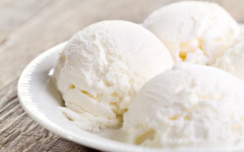 vanil-morozhenoe-sladost