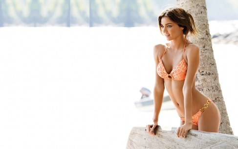 12 лучших купальников Инстаграма