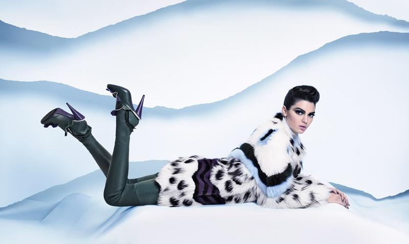 «Ледяная принцесса» Кендалл Дженнер в новой кампании Fendi