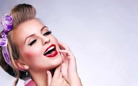 Чем заменить фиксирующий спрей для макияжа?