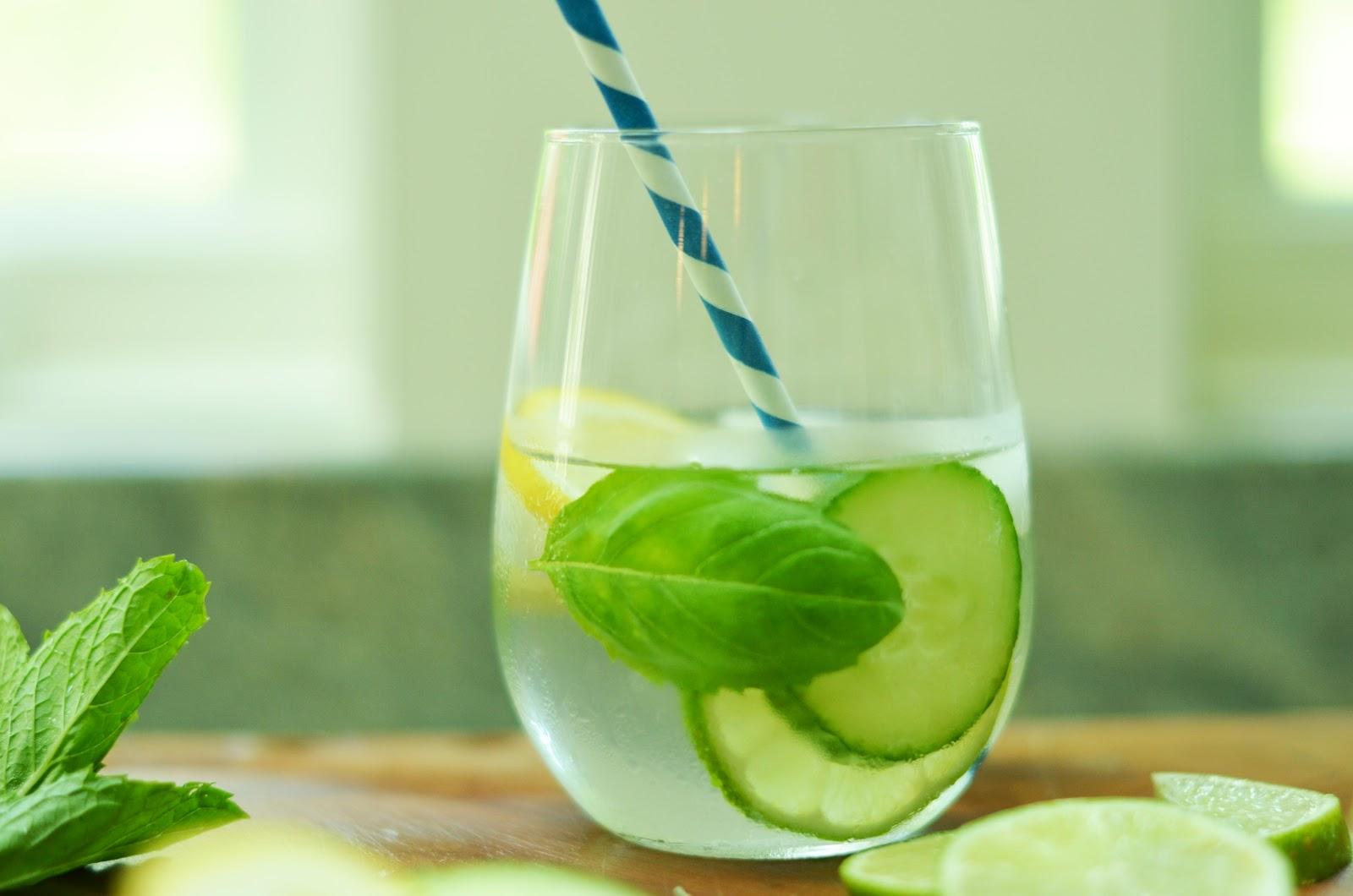 Как сделать воду с лимоном для утоления жажды