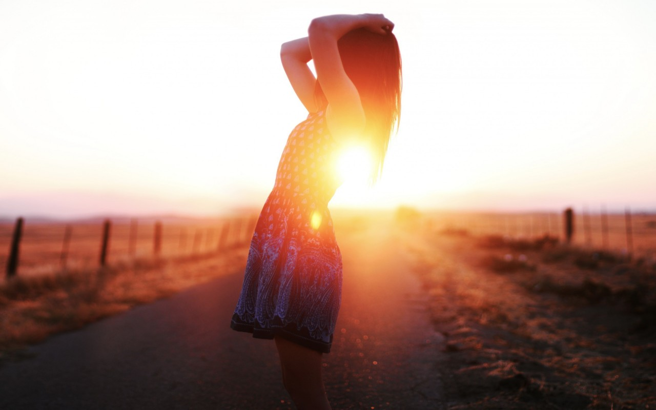 mood-girl-road-sun