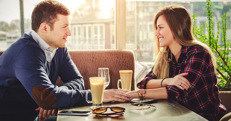 О чем поговорить с парнем на первом свидании: 9 тем для разговора, которые понравятся вам обоим
