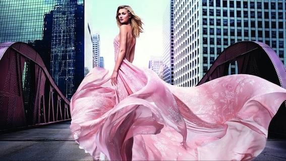 Королева цветов: лучшие ароматы с розой