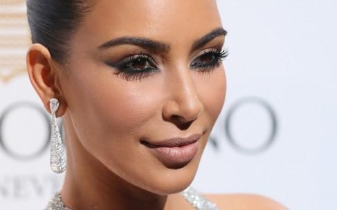 Считает ли Ким Кардашьян себя феминисткой?