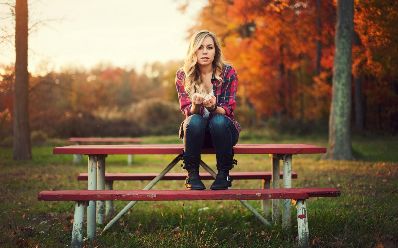 girl-autumn-mood-hd-wallpaper