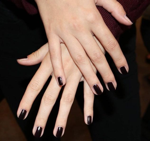 Как удлинить ногти за пару минут с помощью маникюра?