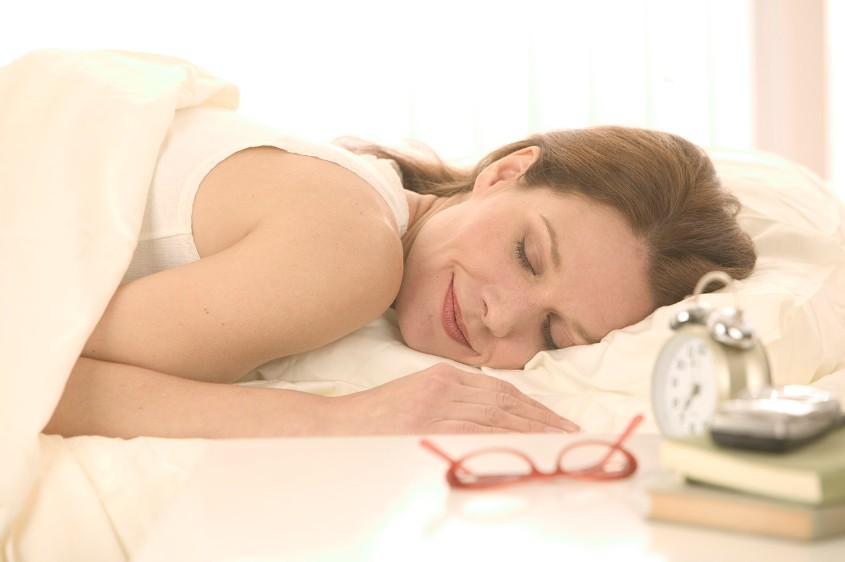 Как связаны успех в карьере и продолжительность сна?