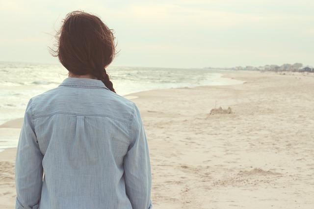 beach-731136_640