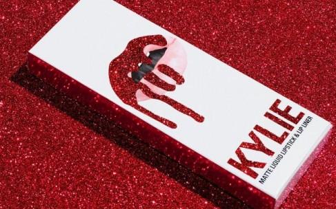 Лимитка Kylie Cosmetics — самый желанный подарок на День Святого Валентина