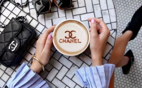 Модный кофе и люксовые бренды. Где связь?