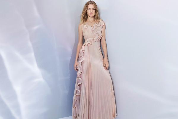 Розовые платья на весну