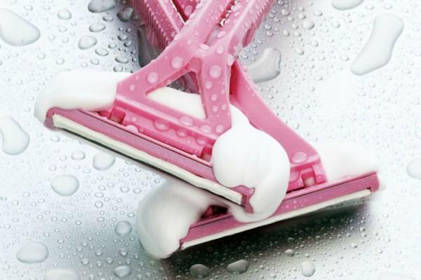 pravilno-brijanje-nogu-tokom-zime (2)