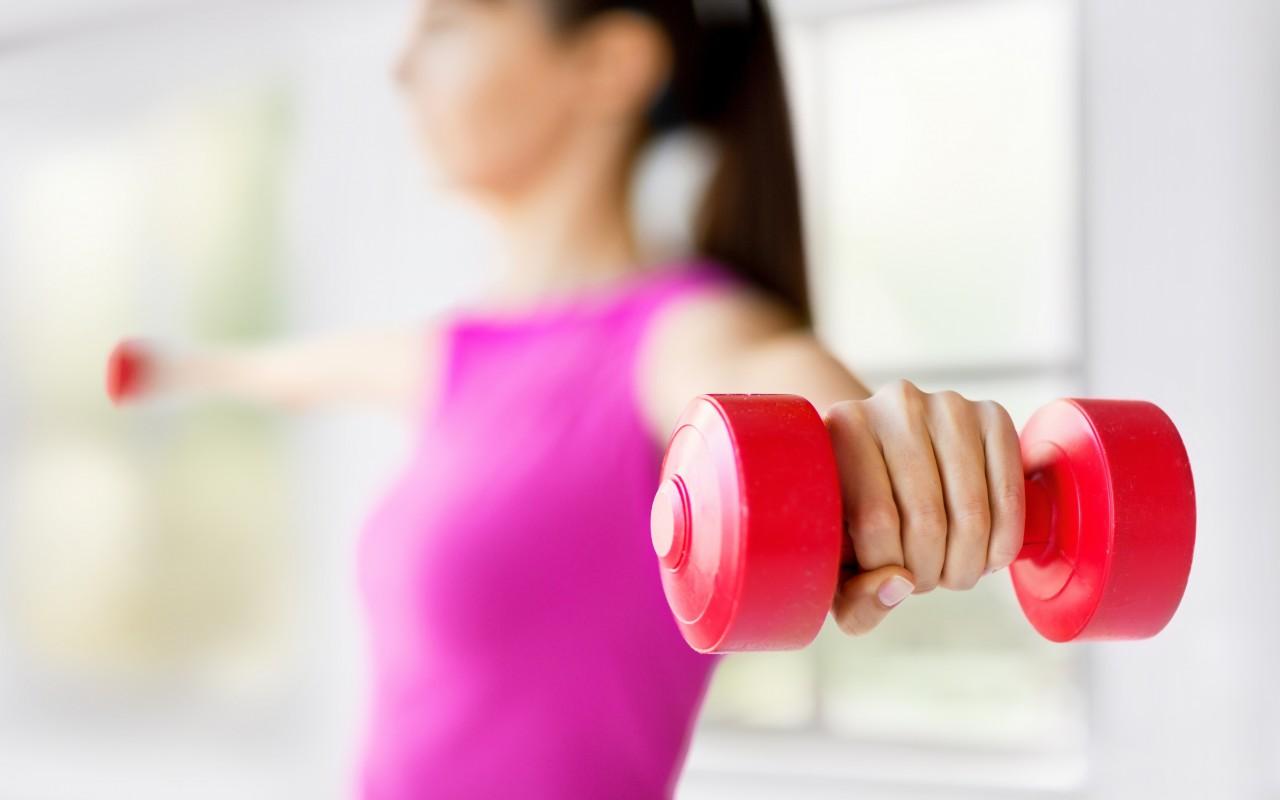 training-dumbbells-fitness