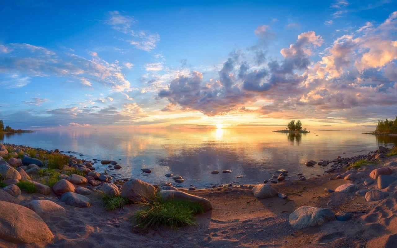 finland-suomi-finliandiia-zakat-nebo-oblaka