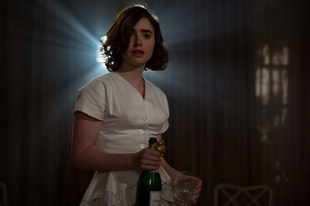 UWBP_02509FD - Lily Collins stars in RULES DON'T APPLY, from legendary Academy-Award winning director Warren Beatty. Photo Credit: Francois Duhamel.