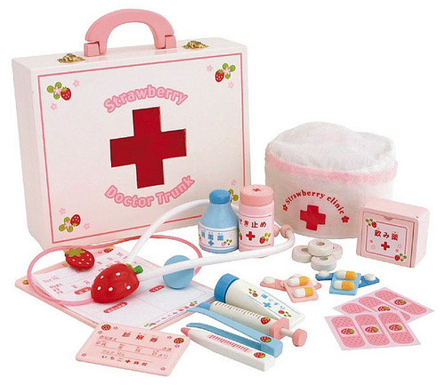 cute-doctor-first-aid-kit-girly-pink-play-Favim.com-79883