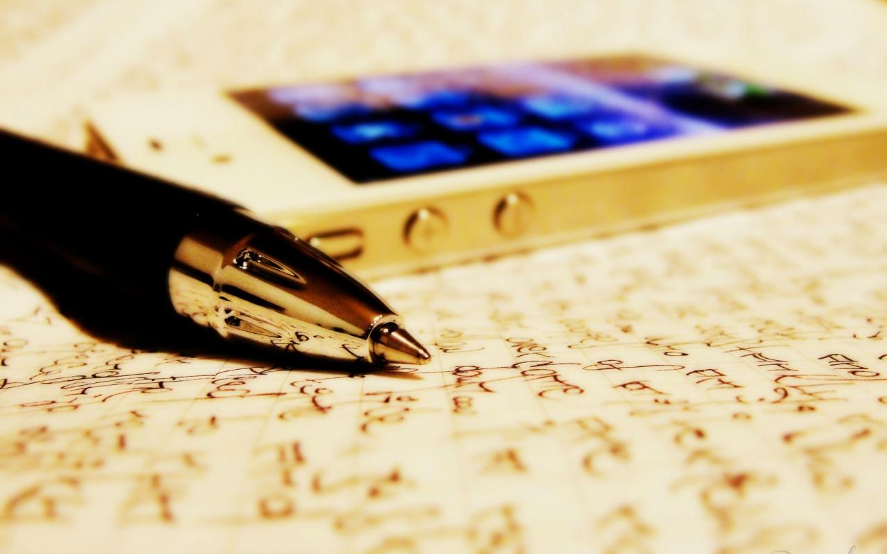 apple-iphone-4s-pen-sheets