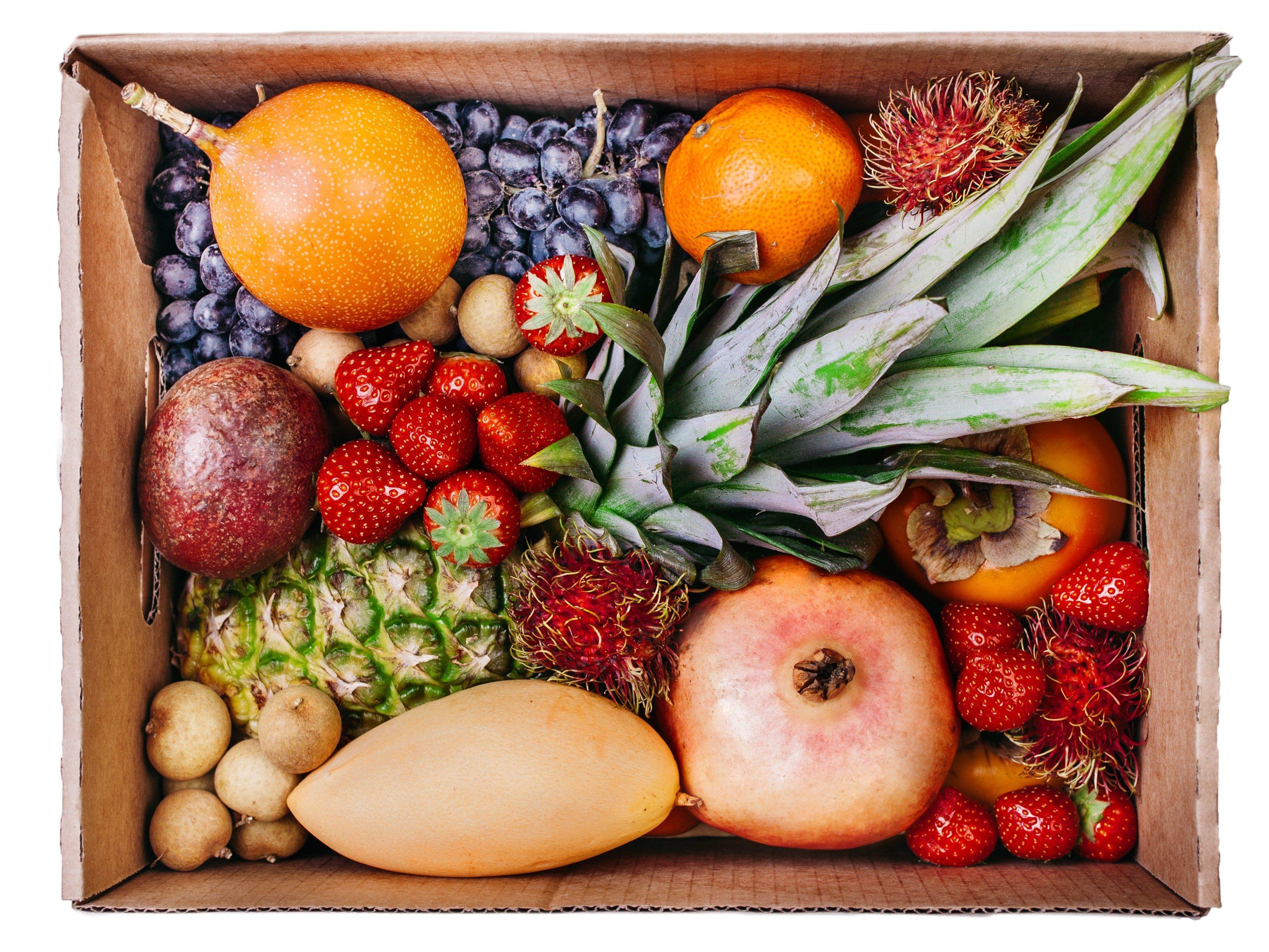 Набор экзотических фруктов подарок 11