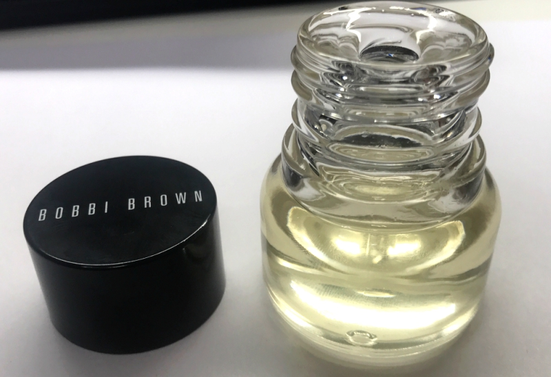 Bobbi-Brown-Extra-Face-Oil-Bottle