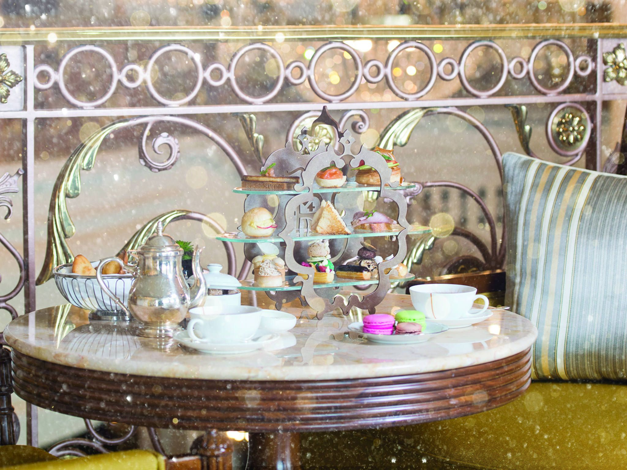 The St Regis Dubai - Festive Afternoon Tea