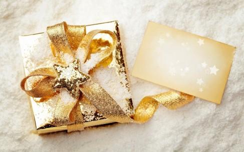 Новогодние подарки для девушек