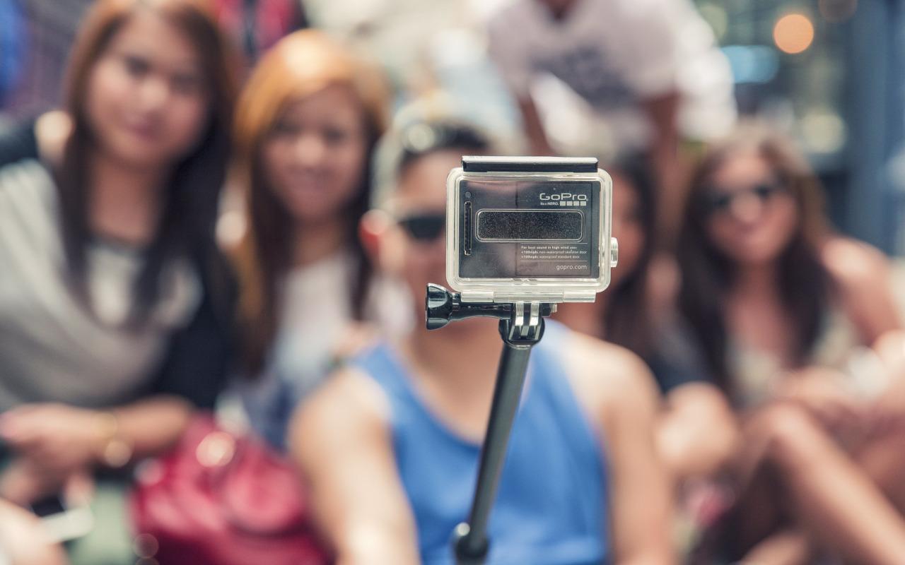 gopro-kamera-monopod-selfi
