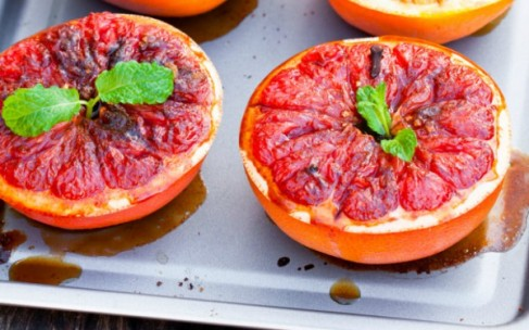 Готовим необычный десерт: печеный грейпфрут