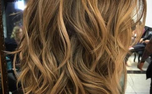 Покрасить волосы: балаяж наоборот