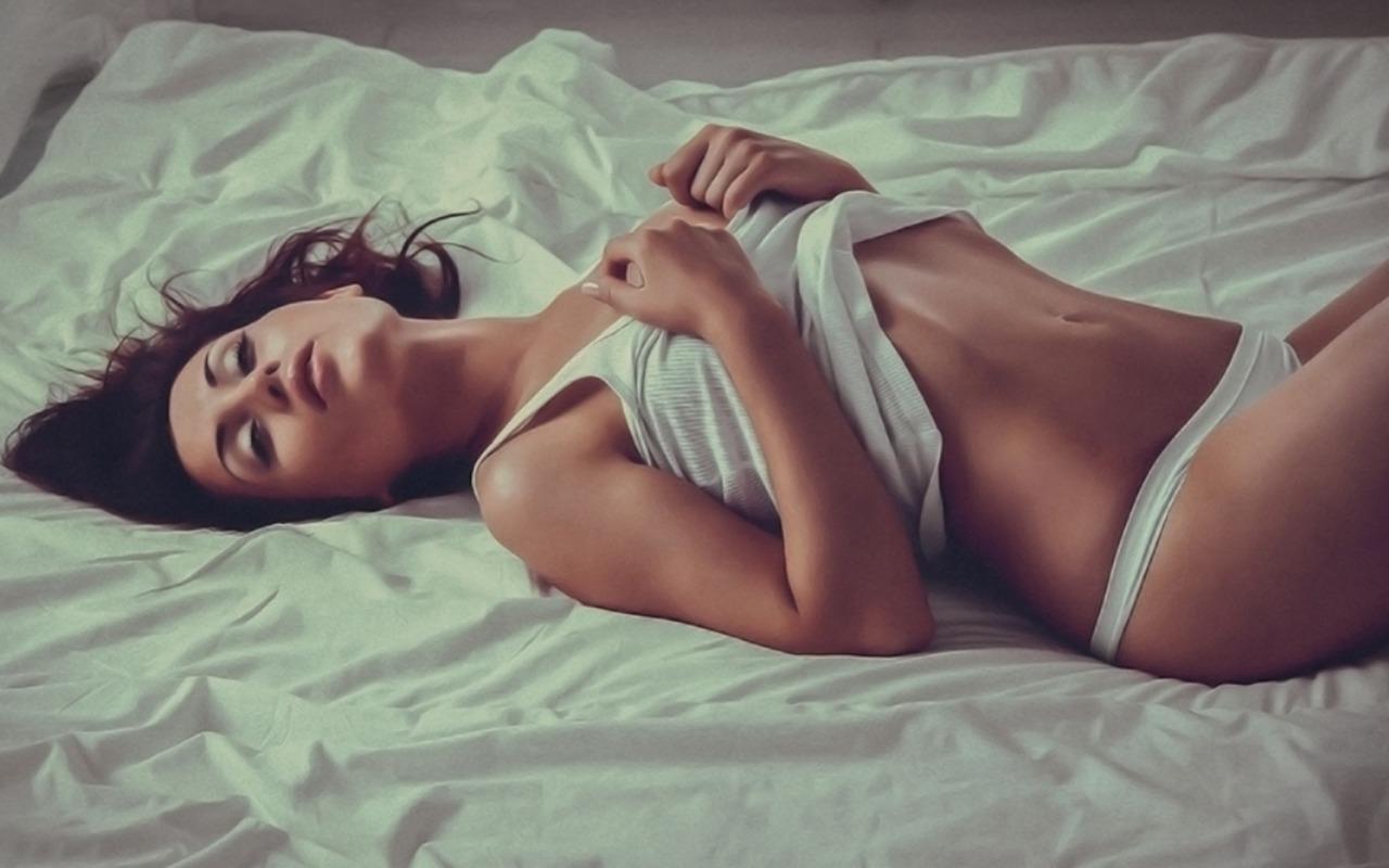 legs-girl-erotic-lingerie-2070