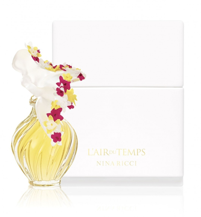 nina-ricci-lair-du-temps-lalique-couture-florale-perfume-46-1517391740-e1517573515853