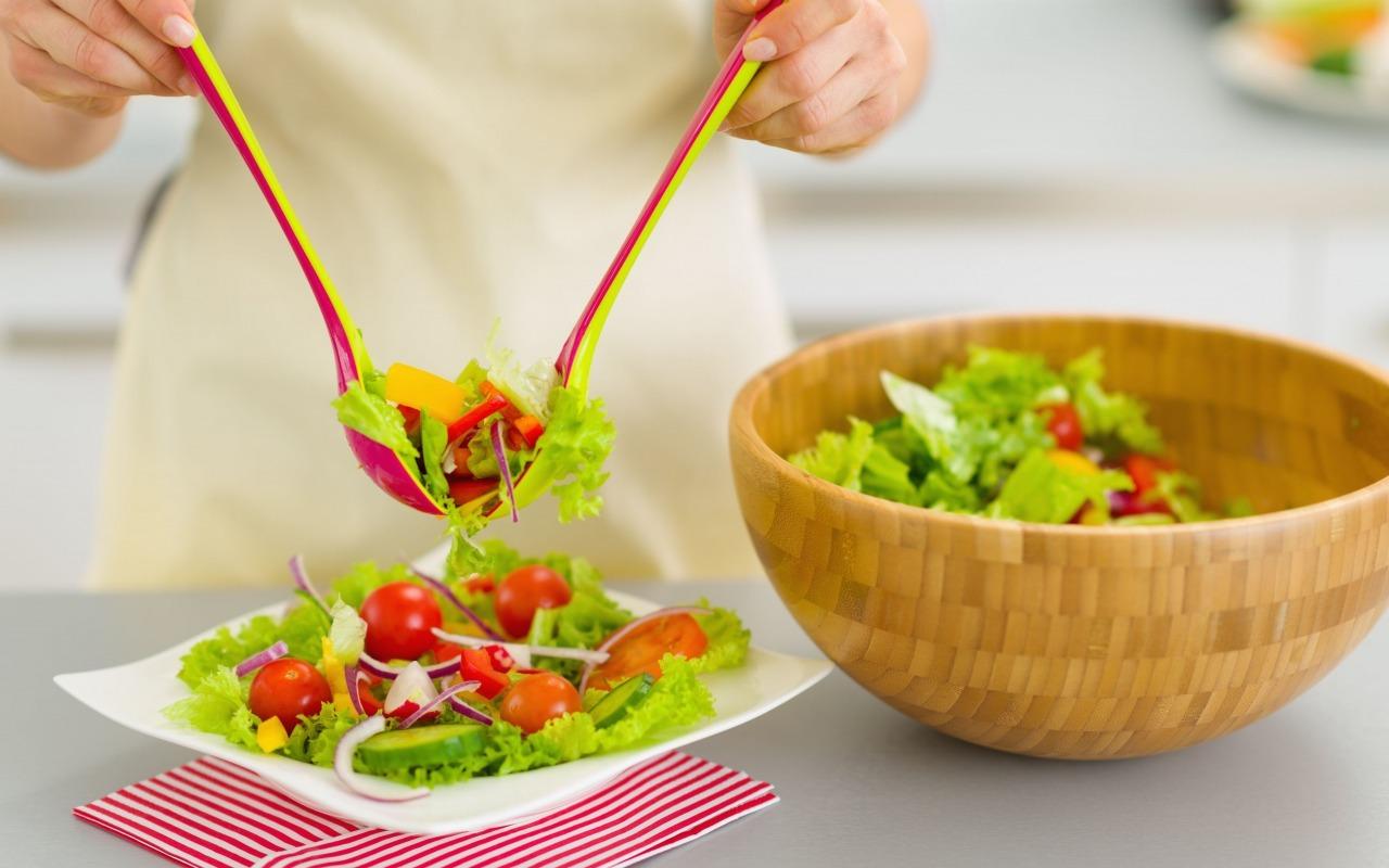 eda-salat-zdorovoe-pitanie