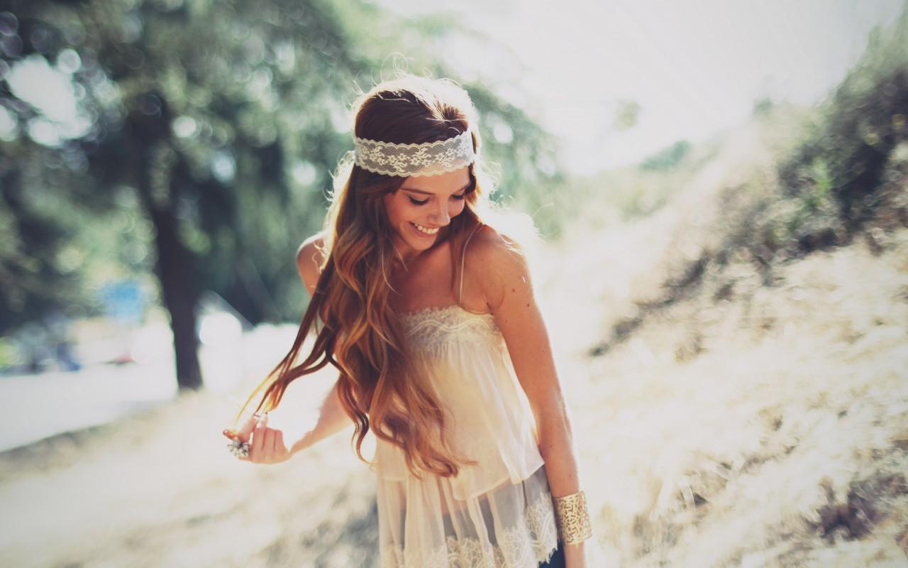 hair-smiling-joy-bokeh-beauty
