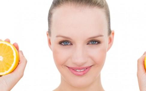 Что нужно знать о кислотах при уходе за кожей?
