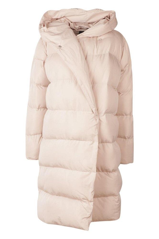 Уютно и тепло: пуховики-одеяла