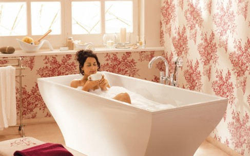 Горячая ванна: почему она так полезна зимой?