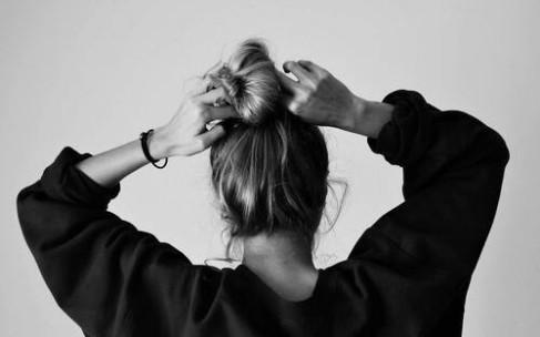 Дешевые аптечные средства, которые восстановят поврежденные волосы